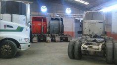 Recuperan 55 unidades, maquinaria y más de 800 mp de mercancía