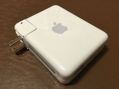 Apple AirPort Express 802.11N wifi Wireless N Router (MB321LL/A) Model A1264