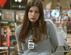 Lovely Liv Tyler Website - Movies And Tv Series - Movies - Empire Records Liv Tyler Empire Records, Empire Records Movie, Liv Tyler Hair, Liv Tyler 90s, Pretty People, Beautiful People, 90s Grunge Hair, Non Blondes, Paula Patton