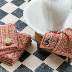 """Linen-Cotton"" Towel by Leitner Leinen · www.labella-amara.com Cotton Towels, Linen Bedding, Napkins, Dreams, Tableware, Rust, Fabrics, Cotton, Homes"