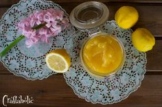 Δροσερή λεμονόκρεμα ή αλλιώς lemon curd - Craftaholic My Favorite Food, Favorite Recipes, My Favorite Things, Lemon Curd Recipe, Cooking Recipes, Sweets, Homemade, Gummi Candy, Home Made