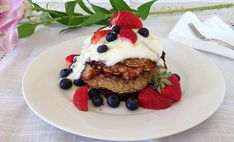The best breakfast to cook Mum for Mother's Day: Berry and Coconut Pancakes - I Quit Sugar. Sugar Free Jam, Sugar Free Recipes, Low Sugar, Yummy Recipes, Recipies, Coconut Pancakes, Coconut Flour, Buckwheat Pancakes, Coconut Cream