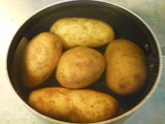The easy way to peel potatoes