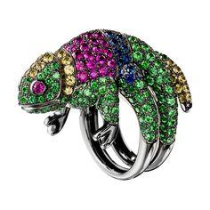 カメレオン リング, a Maison Boucheron Jewelry creation. A Boucheron creation tells a Story, that of the Maison and your own.