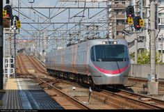 RailPictures.Net Photo: JR Shikoku (Japan) 8000 series EMU at Utazu, Japan by Tomas Votava