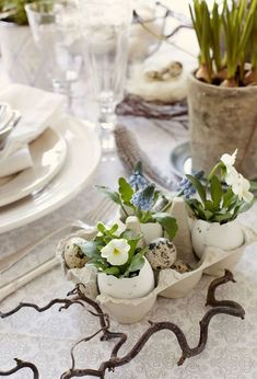 Пасха — один из тех чудесных праздников, когда в доме царит атмосфера радости, добра, любви... С особым вдохновением мы печём ароматные куличи, пироги, красим яички, украшаем наш дом.