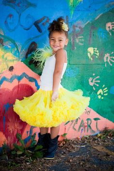 Pettiskirt in yellow love it!! i have one in chocolate brown and purple :)