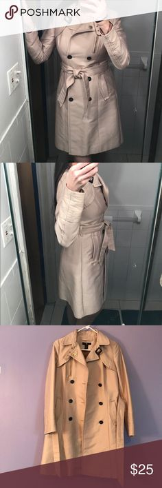 Woman's H&M coat small size A classic for all seasons and occasions, the trench can be worn belted for a close fit or open and relaxed over dresses and denim. Double breasted. Black buttons. Gently used condition. Please see all imperfections on the last pic. H&M Jackets & Coats
