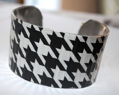 hounds tooth braclet