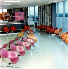 Charles and Ray Eames knew what they were doing when they warmly helped bring Alexander Girard onto the team of Herman Miller designers. Note this Braniff Airlines interior by Girard, featuring Eames chairs. Girard curated the textiles and upholstery and wall coverings, and was the architect for many retail spaces like this one. #braniffairlines #alexandergirard #braniff #hermanmiller