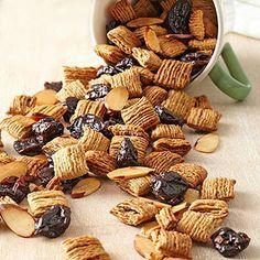 Cherry-Almond Snack Mix