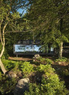 Vipp Shelter – elegante Auszeit in Schwedens Wäldern in der ikarus…design Stil-Schau