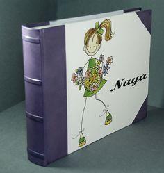 Álbum fotográfico niña: Naya.