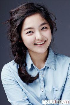 Shin Ae face
