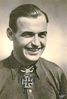 8. Heinrich Bär (220) - Luftwaffe