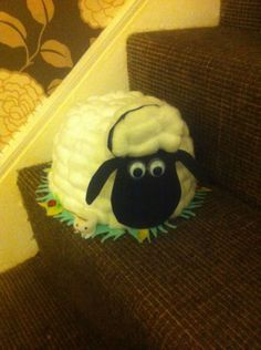sheep-easter-hat-bonnet-handmade-shaun