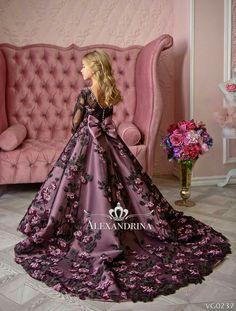 Items similar to Luxury Royal Flower Girl Dress – Birthday Wedding Party Holiday Royal Tulle Flower Girl Dress on Etsy