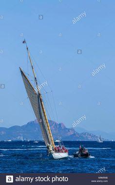 Download this stock image: Voiles de Saint-Tropez 30.09 2017-08.10.2017, France Cote d' Azur/Sailing/Regatta/Yacht/Harbour/Senequier - M9M5NB from Alamy's library of millions of high resolution stock photos, illustrations and vectors.