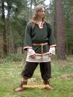 Great viking garb... May the gods forgive him for not having a beard though! http://www.wierzeje.pl/krajki.html