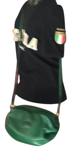037e8f3ba2f Gucci Leather Green Cross Body Bag. Get the trendiest Cross Body Bag of the  season