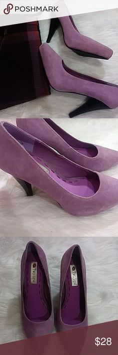 Lilac Suede Pumps Gorgeous lilac colored suede pumps. Pointed toe and black heels for contrast. NWOB. Never worn. Size 6.5 fit more like a 7. By Two Lips Two Lips Shoes Heels