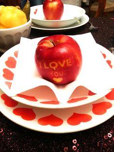 Feliratos alma mint köszönőajándék- apple with message as wedding favor
