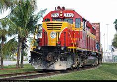 RailPictures.Net Photo: FEC 715 Florida East Coast Railroad (FEC) EMD SD40-2 at Miami, Florida by MaryAnn Pickering