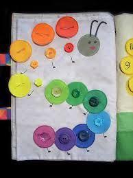 "Képtalálat a következőre: ""quiet book rainbow"" Diy Quiet Books, Baby Quiet Book, Felt Quiet Books, Quiet Book Templates, Quiet Book Patterns, Silent Book, Sensory Book, Fidget Quilt, Book Quilt"