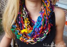 Foulard infini multicolore en soie recyclée