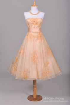 1950's Peach Embroidered Organza Vintage Wedding/Party Dress : Mill Crest Vintage