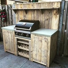 Plancha Diy Outdoor Furniture, Pallet Furniture, Cool Furniture, Outdoor Decor, Outdoor Ideas, Cool Beds, Awesome Beds, Bbq Stand, Primitive Cabinets