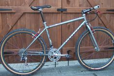 7th heaven... Possibly the best rigid mtb I've ever owned. A 1994 Kona Kilauea. I had mine set up with silver Ringle cages and light grey Specialized tyres... I miss you!