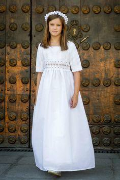 blog primeras comuniones Maria Rose, Cute Dresses, Flower Girl Dresses, Communion Dresses, First Communion, Your Girl, Dress For You, Kids Fashion, White Dress
