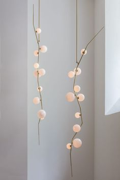 Lindsey Adelman Studio Shines a Light on New Works at Afterglow - Design Milk Interior Lighting, Home Lighting, Modern Lighting, Luminaire Vintage, Deco Luminaire, Light Luz, Lamp Light, Lighting Concepts, Lighting Design