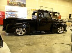51-Ford-F1-Truck-08