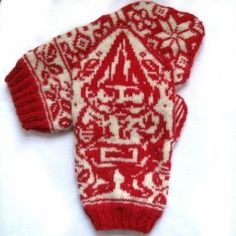 Nisse luffer Gnome mittens = Adorable!