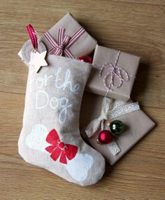 Christmas Pet Stocking for a Dog.For the Dog. by kindygarden, £11.00 @Nikki Pflugh  could you make something like this??