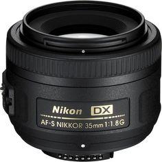 Nikon Objectif  AF-S DX 35 mm f/1,8G Nikon http://www.amazon.fr/dp/B001S2PPT0/ref=cm_sw_r_pi_dp_cCqdwb1ZFZ4D5