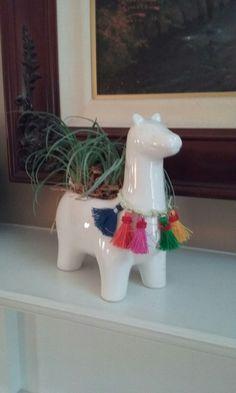 Cute ideas for your llama party ranging from banners to cookies to attire! Alpacas, Llamas Animal, Llama Print, Llama Birthday, Llama Alpaca, Boho Room, Anniversary Parties, Flower Pots, Wood Crafts