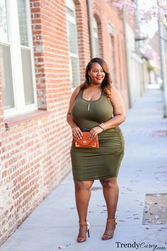 Spring transition brown n curvy plus size fashion, fashion v Look Plus Size, Curvy Plus Size, Plus Size Model, Curvy Women Fashion, Look Fashion, Plus Size Dresses, Plus Size Outfits, Plus Sise, Plus Size Beauty