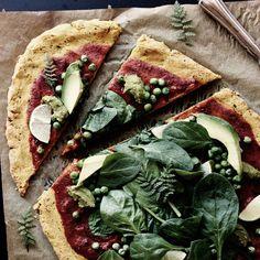 Frühlingspizza vegan+glutenfrei. | Das Magazin für Yoga, Wellness & Ernährung