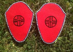 WGSS Faculty Dr. Qwo-Li Driskill contributed moccasin vamps to Walking with Our Sisters. Walking With Our Sisters is a commemorative art installation to honour the lives of missing and murdered Indigenous Women of Canada and the United States; to acknowledge the grief and torment families of these women continue to suffer; and, to raise awareness of this issue and create opportunity for broad community-based dialogue on the issue. Oregon State University, Native American Women, On The Issues, Dress Images, Social Justice, Installation Art, Nativity, Sisters, Grief