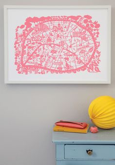 I love the city map prints by Famille Summerbelle -- here's Paris in pink!