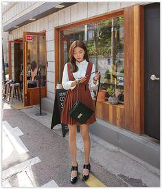 Seoul Fashion - Pleated Jumper #Dress #pleateddress #koreanfashion Look Street Style, Asian Street Style, Korean Street Fashion, Seoul Fashion, Korea Fashion, Asian Fashion, Ulzzang Fashion, Korean Outfits, Minimal Fashion
