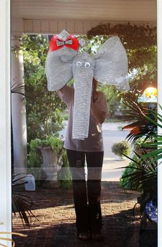 Deco Mesh Alabama Elephant with houndstooth bow