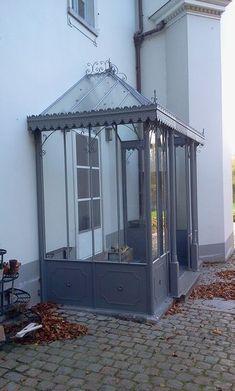 Pergola Attached To House Plans Porch Extension, House Extension Design, House Design, Beach Bungalow Exterior, Sas Entree, Porch Canopy, Glass Porch, Porch Enclosures, Hot House