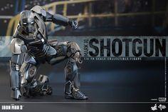 Hot Toys Iron Man Mark XL Shotgun Collectible Figure   Gundam Century