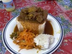 First thing I eat when arrive in Durban, last when I leave: Bunny Chow! In Durban, Indian curry meets up with Wonder Bread in a delightful combination called Bunny Chow South African Recipes, Ethnic Recipes, Jamun Recipe, Yummy Treats, Yummy Food, Chow Chow, Street Food, Delish, Favorite Recipes