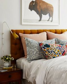 A CUP OF JO: Home makeover: Master bedroom -- makeover by Emily Henderson Bedroom Colors, Home Decor Bedroom, Design Bedroom, White Bedroom Walls, Budget Bedroom, Bedroom Apartment, Warm Bedroom, Bedroom Lamps, White Bedding