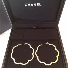 Chanel Large Profilde Camelia Hoop Earrings 🎁🎁 💯% Authentic Chanel Camelia Hoops in 18k yellow gold, 10.5 grams. Gorgeous hoops, sold out in company. Worn once. Price is firm. These will ship through Posh Concierge.  Comes with letter of authenticity and appraisal from Chanel in Beverly Hills. CHANEL Jewelry Earrings